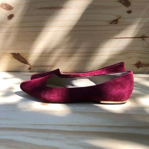 Vince Camuto Suede Flats. Women's size 8